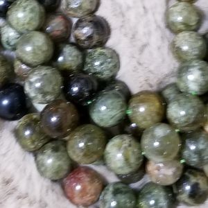 Stunning green garnet necklace